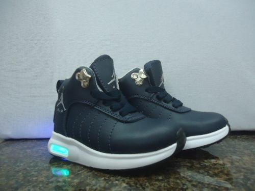 Zapatos Nike De Niño Pumas Y Jordán De Niño Con Luces
