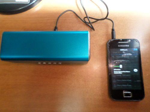 Reproductor Portatil. Corneta Recargable P/ Mp3 Mp4,micro Sd