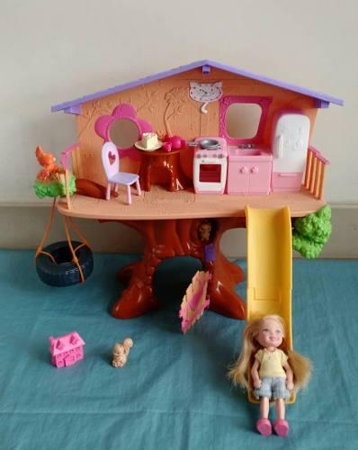 Barbie Kelly Casa Del Arbol. Mattel Canada.