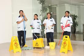 Personal y productos de limpieza