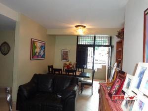 Se Vende Precioso Apartamento en Las Acacias