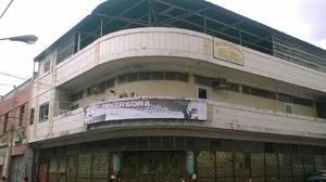Se vende inmueble (edificio) en la ciudad de valera.