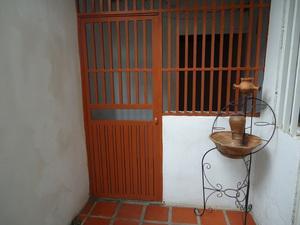 Vendo Casa En Ruiz Pineda Parroquia Caricuao.