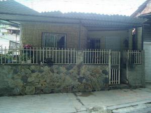 Vendo Casa en Los Teques Sector Los Lagos.