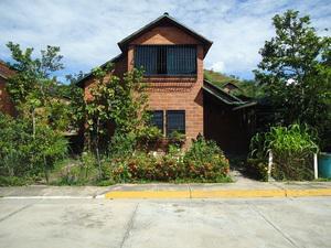 Vendo Casa en Paracotos Estado Miranda