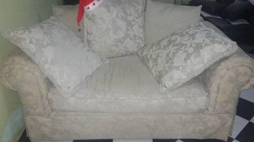2 Sofas De Excelente Calidad