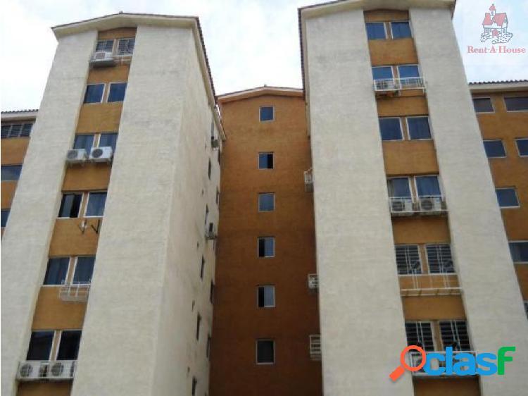 Apartamento en Venta Monteserino Nv 18-1590