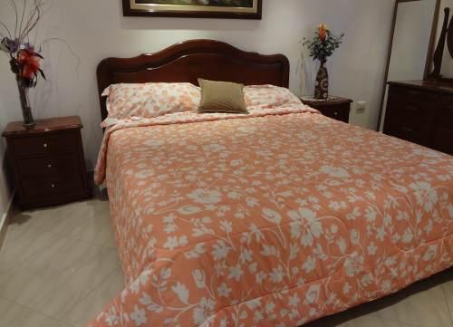 Juego De Dormitorio En Madera De Caoba Tamaño Queen