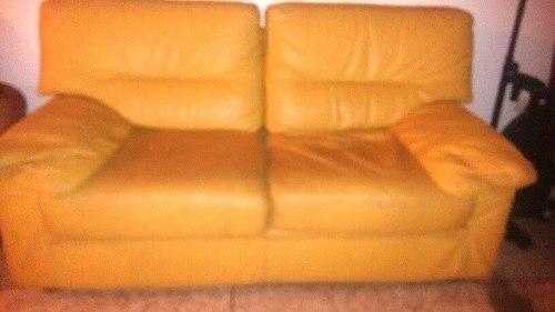 Sofa De Dos Puestos Usado