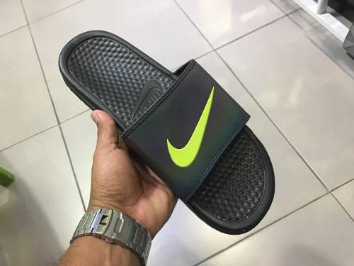 Cholas Nike Caballero