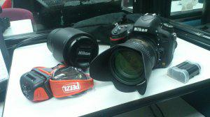Cámara Profesional Nikon D610 con todos sus accesorios