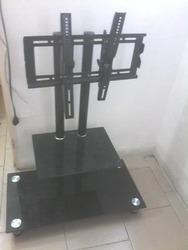Mesa para tv en vidrio templado usado