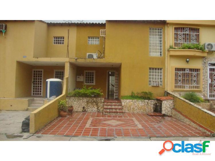 Casa en Venta. Cabudare Villa Mora Cod 19-102