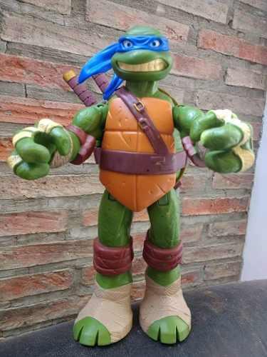 Figura Tortuga Ninja De 28 Cm.