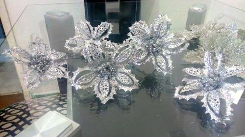 Flores De Navidad Plateadas Escarchadas