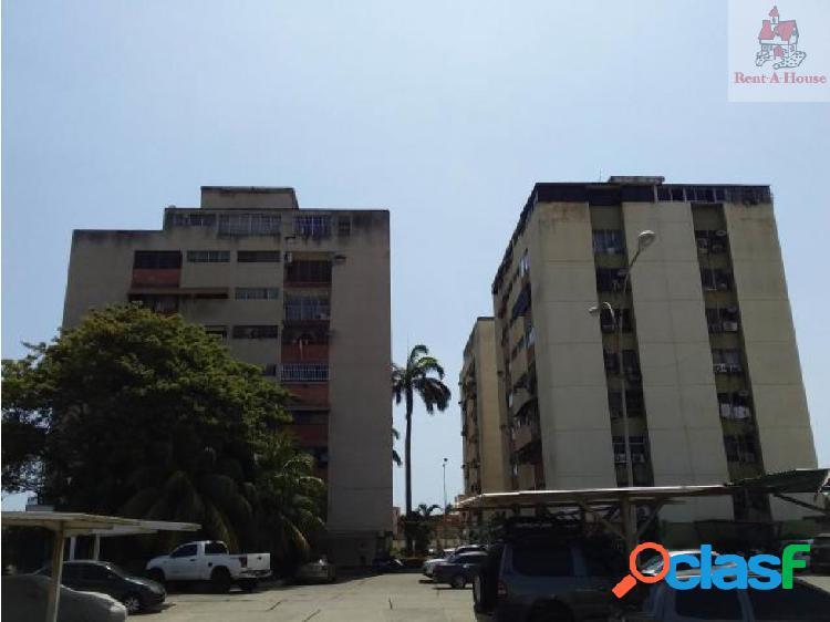 Apartamento en Venta Cumboto Cv 18-7749