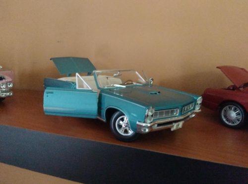 Pontiac Gto  Descapotable Carro A Escala 1/18