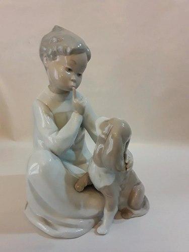 Figura De Porcelana Lladro Niño Con Perro