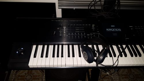 Sintetizador. Korg Kronos 88 Teclas.muy Poco Uso
