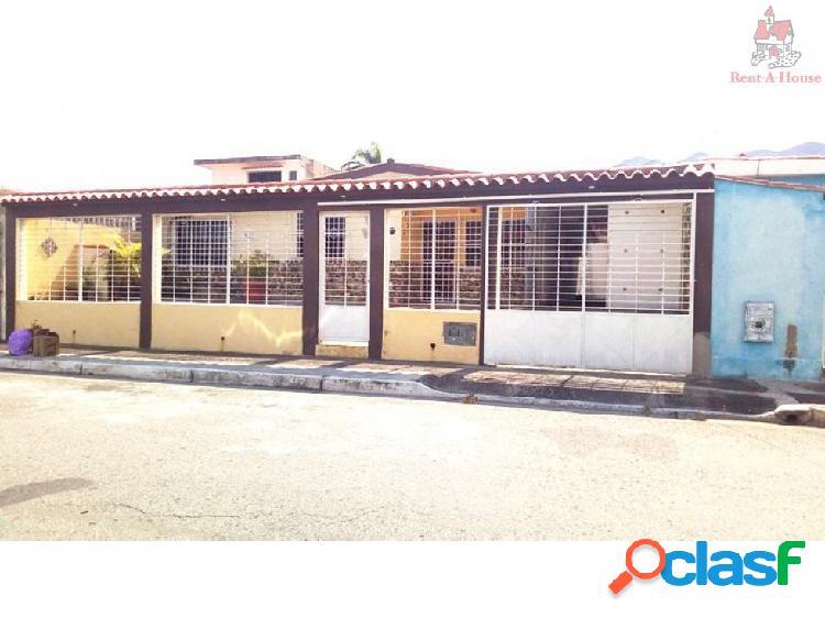 Casa en Venta La Esmeralda Nv 18-4975