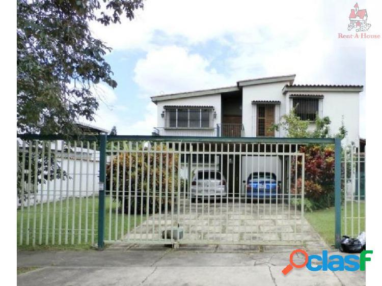Casa en Venta La Vina Nv 17-10001