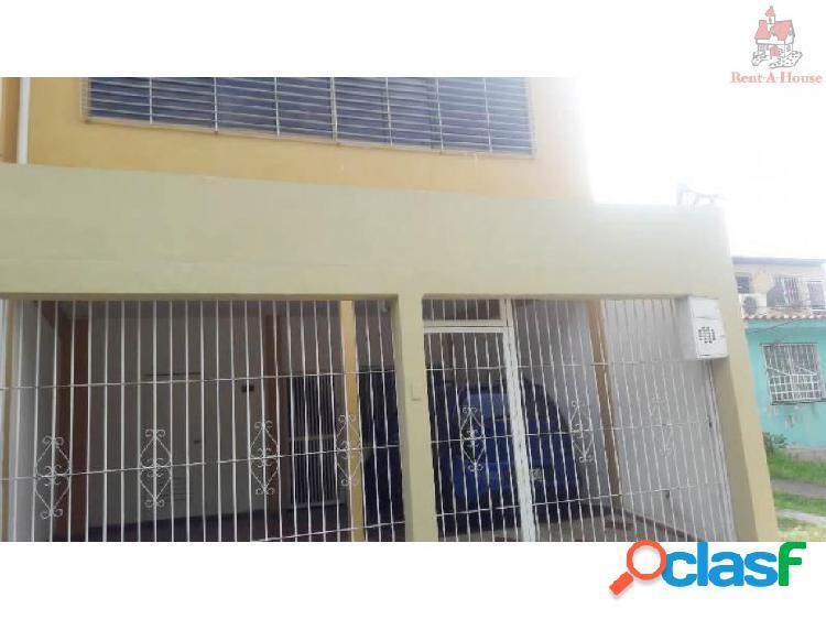 Casa en Venta Los Jarales Nv 18-3998