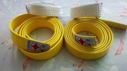 Cinta De Karate Amarilla Y Blanca Para Nino De 6 A 12 Anos