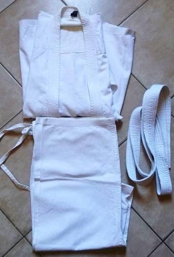 Karategui Marca Lopfre Con Cinta Blanca