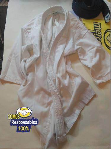 Kimonos Usados De Karate Talla 1 Blanco Y Talla 1.5 Negro