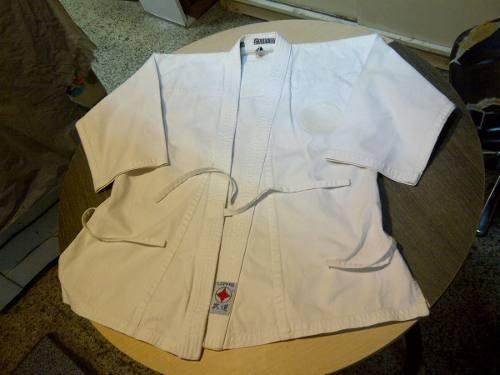 Kit De Uniforme Y Accesorios Karate Do