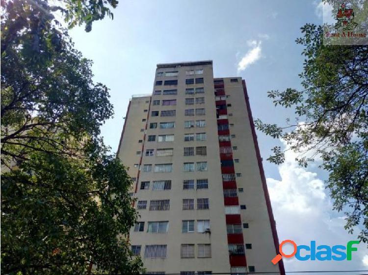 Apartamento en Venta Las Chimeneas Am 19-2359