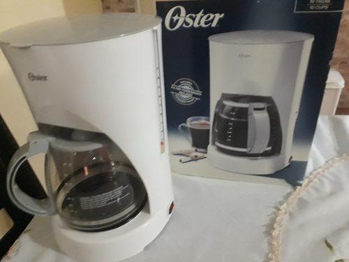 Cafetera Oster Cap. 10 Tazas