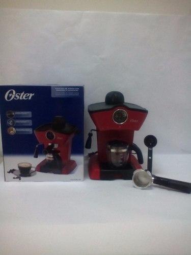 Cafetera Oster De Vapor Para Espresso Y Capuchino