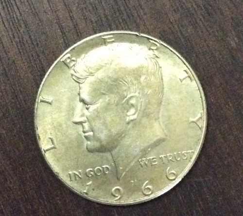 Moneda Half Dóllar De Plata Año