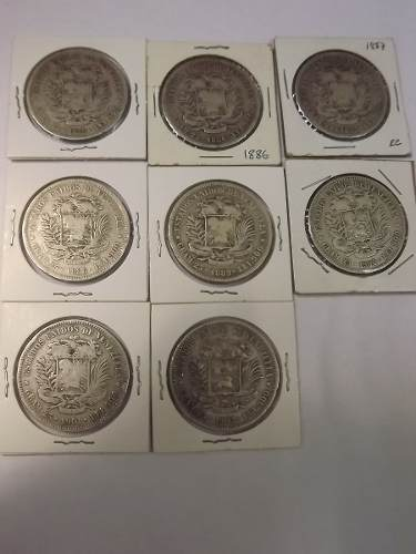 Monedas De Plata. Son 22 Fuertes O 5 Bolívares ().