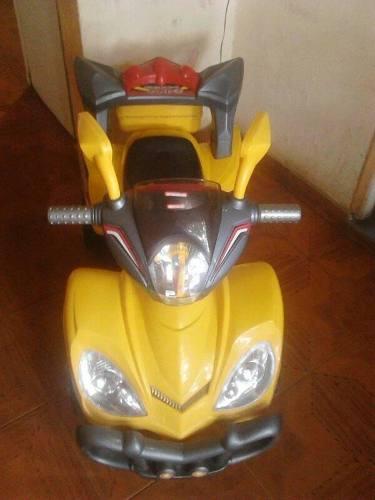 Vendo Moto 4 Ruedas