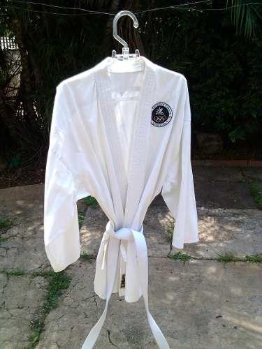 Kimono Karategui Con Cintas, Talla 6, Marca Fc Sport 6
