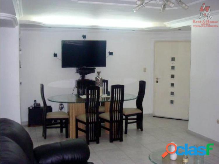 Apartamento en Venta en Maracay Centro 18-4952 HCC