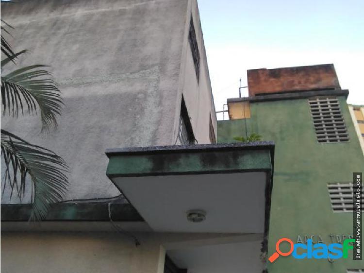 Apartamento en venta en Barquisimeto Flex17-14036