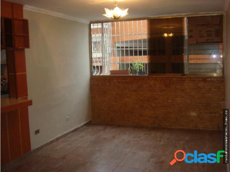 Apartamento en venta maracay JA #18-12622