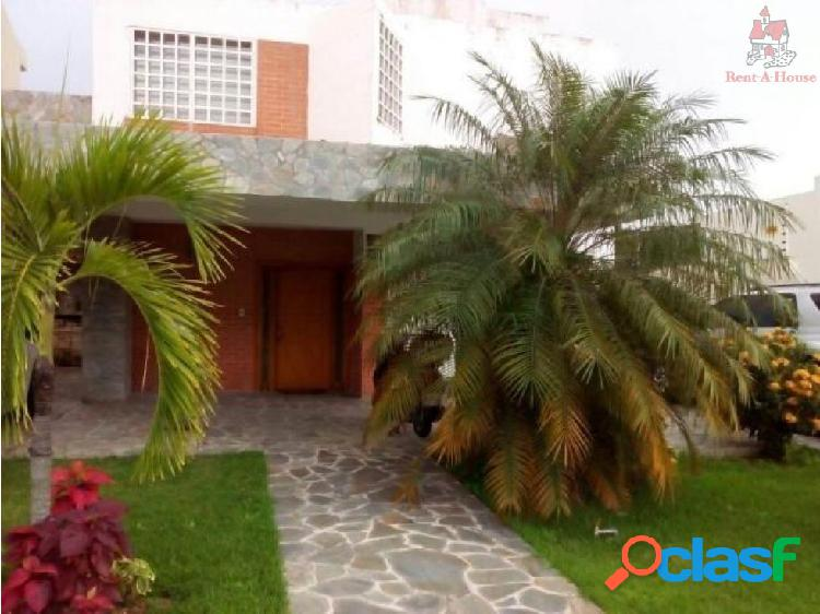 Casa en Venta Lomas del Country Nv 16-15836