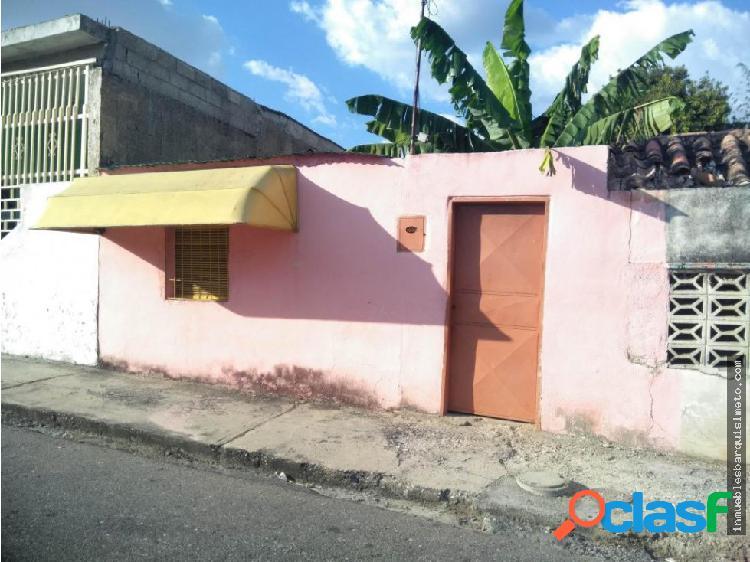 Casa en venta Este Barquisimeto 19-10