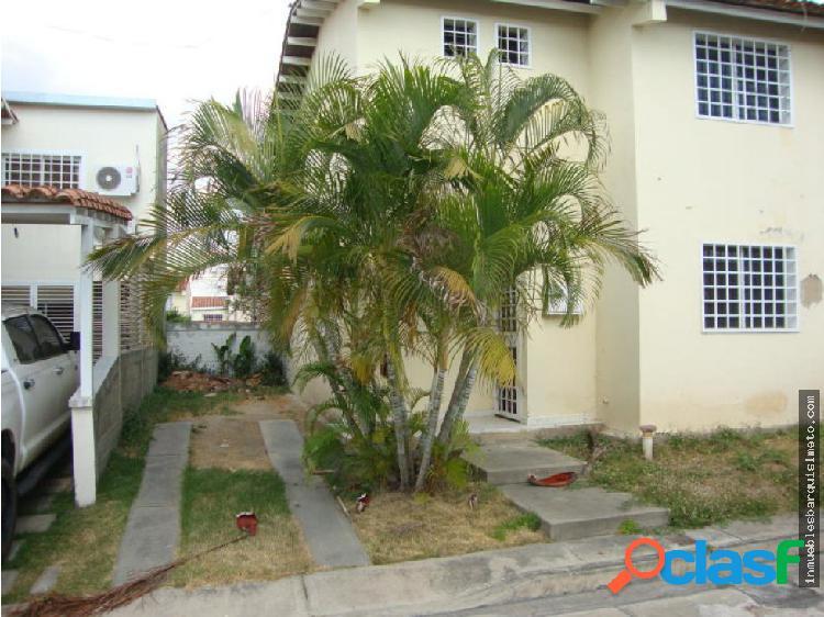 Casa en venta en Villa Roca Cabudare 19-4110