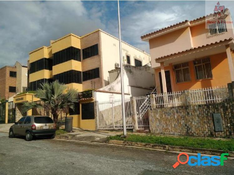 Townhouse en Venta El Parral Nv 19-2921