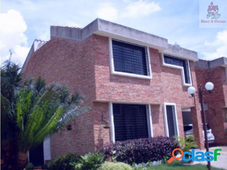 Townhouse en Venta Piedra Pintada Nv 17-8555