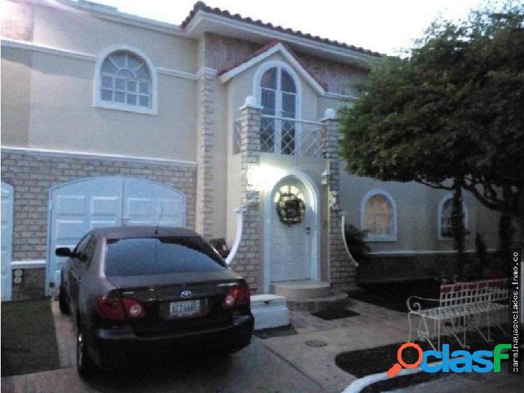Vendo Townhouse MLS #18-820 Costa Rosmini KRPF