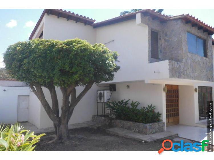Vendo casa en el Este de Barquisimeto Flex18-10016