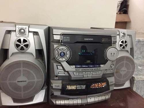 Equipo De Sonido Marca Daewoo De 7 Banda Y 400watts Pmpo