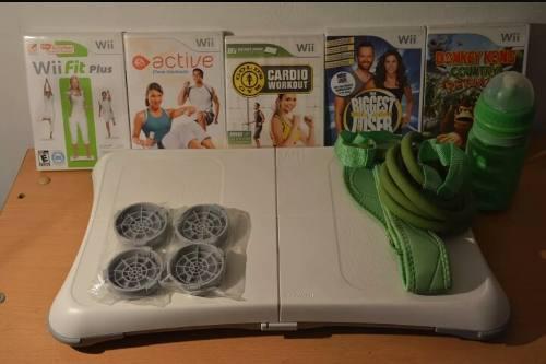 Wiifit Sin Usar + 5 Juegos + Accesorios
