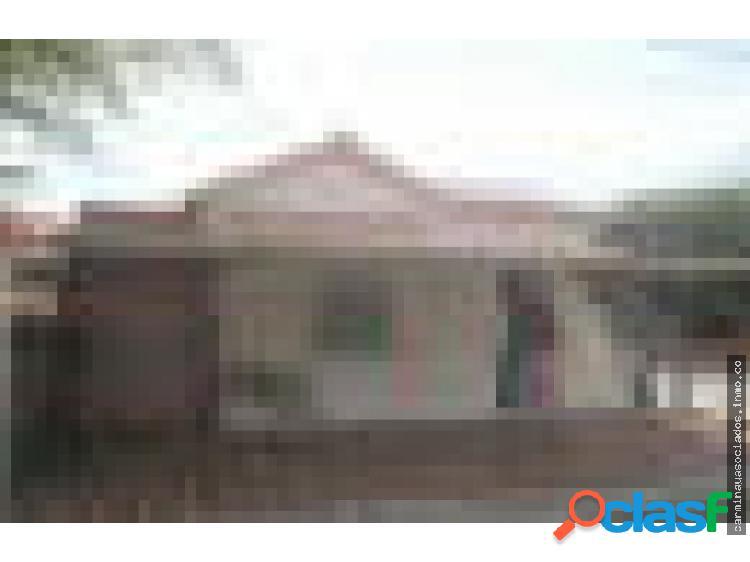 Alquilo casa MboLMercedes MLS 18-8578 LPAM